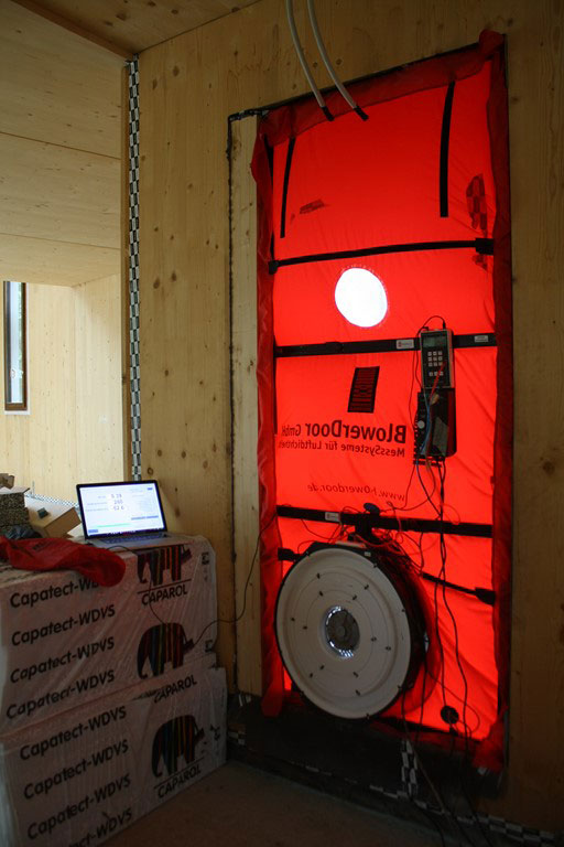 passivhaus-blower-door-test